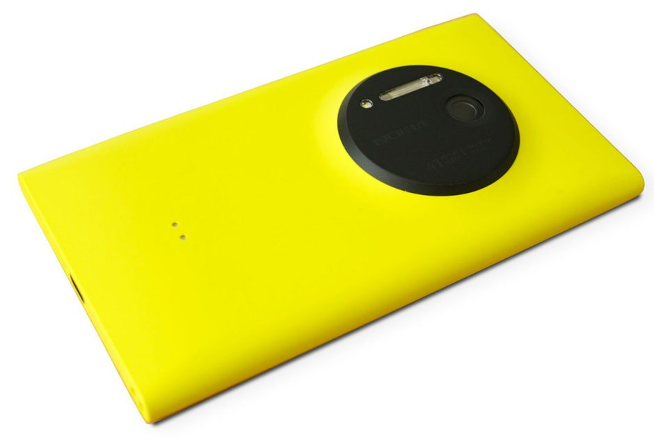 The Nokia Lumia 1020, featuring a whopping 41-megapixel camera. | CC BY 2.0 Kārlis Dambrāns