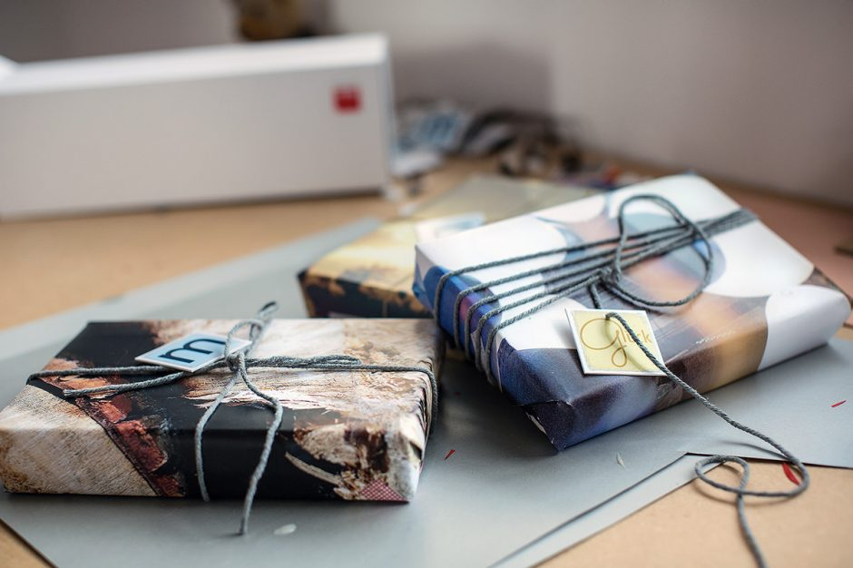 Photo gift wrapping paper